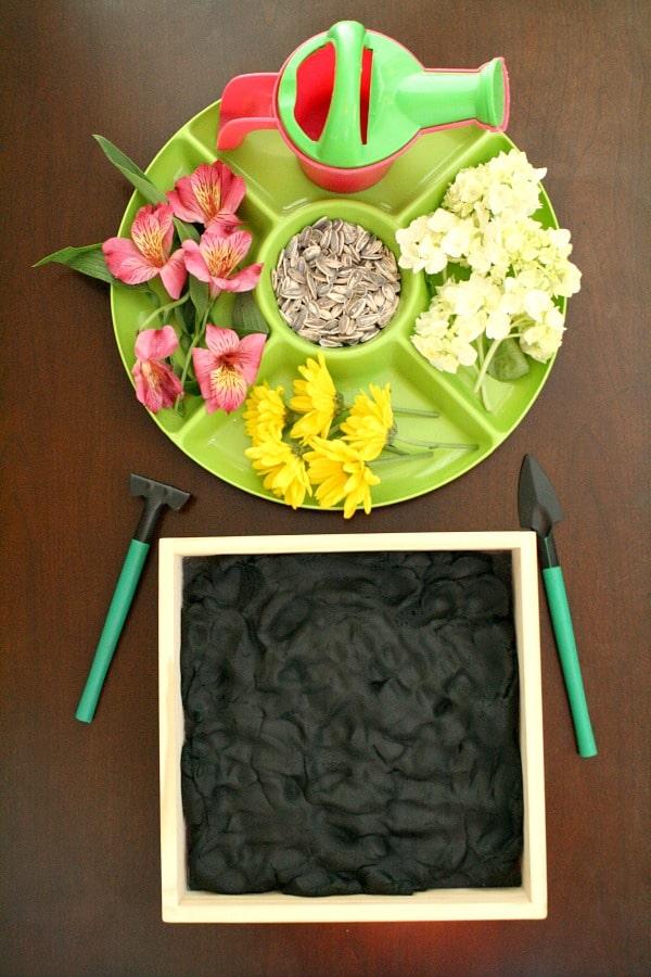 10 fantastic flower crafts for kids crafts on sea for Indoor gardening lesson