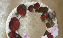 Blackberry wreath autumn crafts for kids