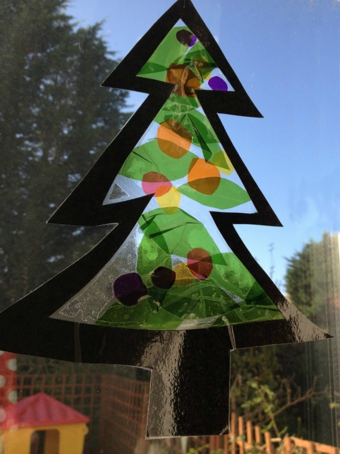 Christmas tree sun catcher for preschoolers