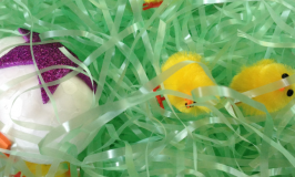 easy easter sensory bin for toddlers