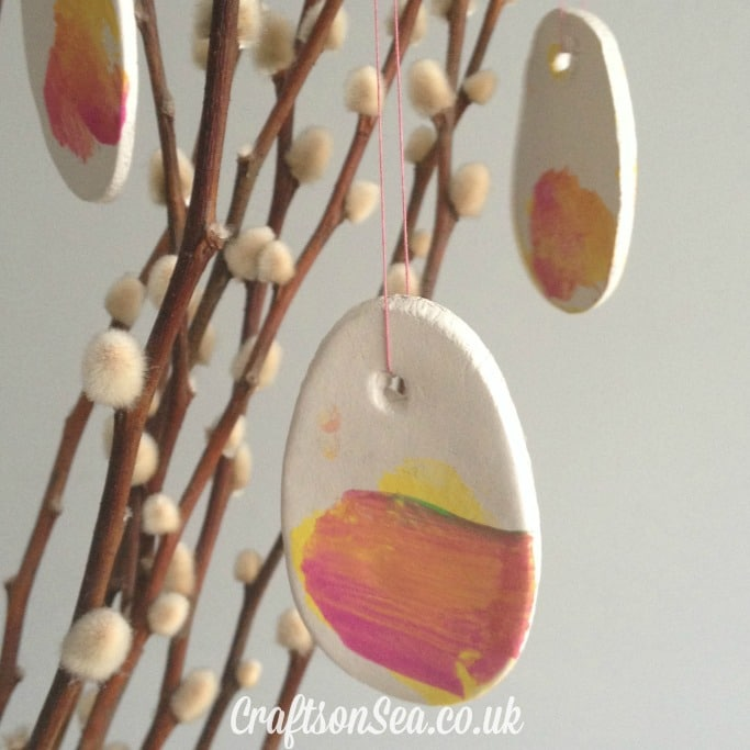 easy kids Easter tree decorations