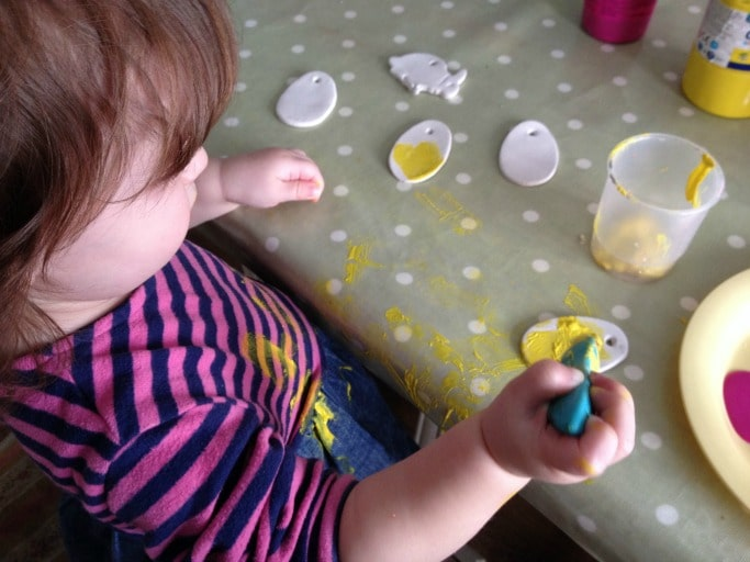 painting easter tree decorations