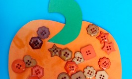 BUTTON PUMPKIN ACTIVITY FOR TODDLERS