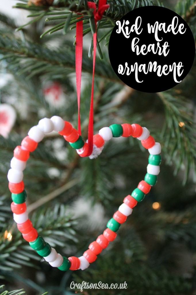Easy heart christmas ornaments for kids crafts on sea for Simple christmas decorations to make
