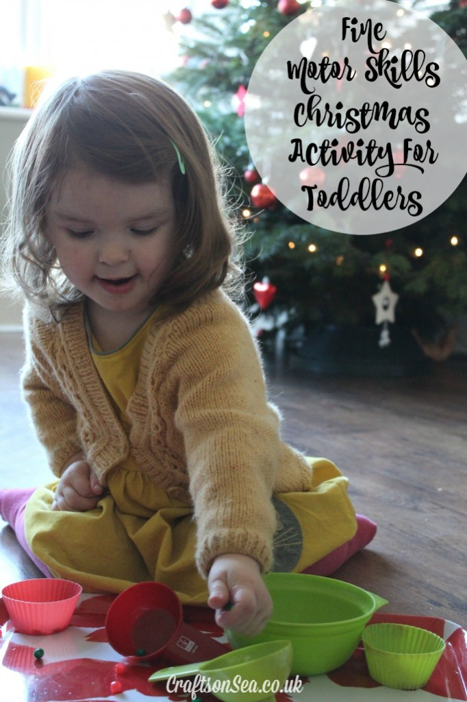 fine motor skills christmas activity for toddlers