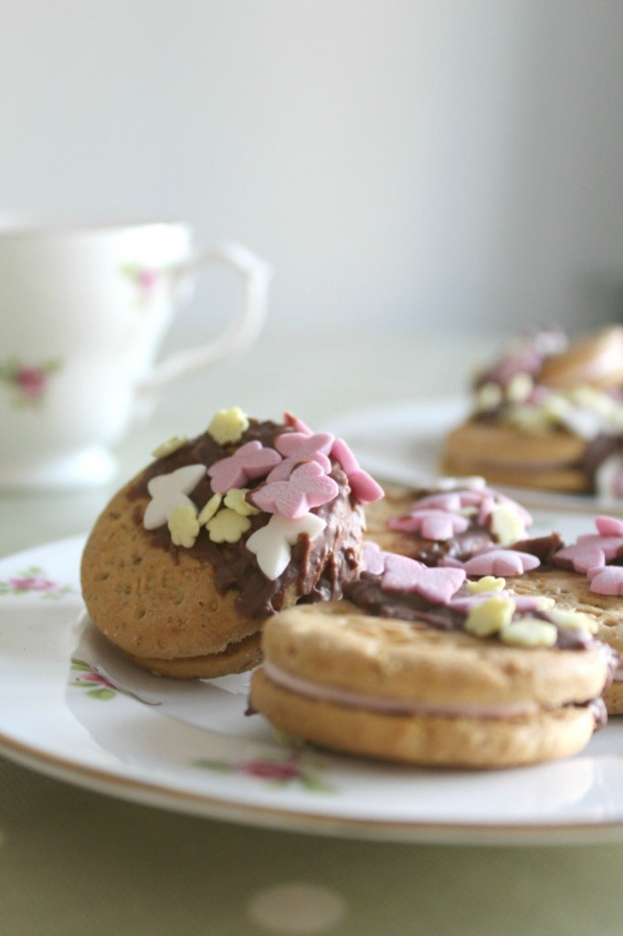 mothers day biscuits kids can make