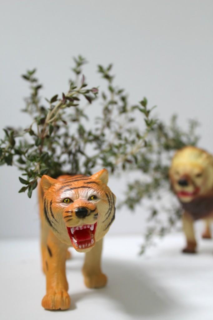 toy plant holder