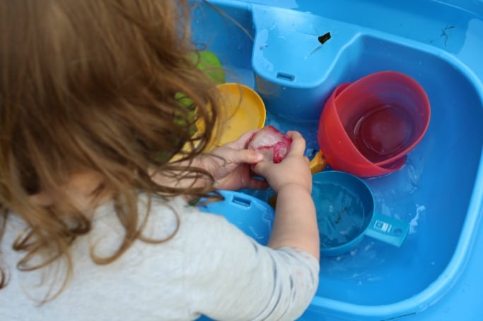 flower sensory play with ice