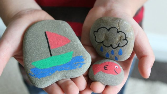 Sea Story Stones DIY