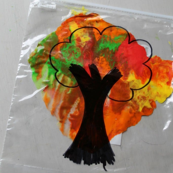 autumn craft ideas kids mess free autumn tree craft crafts on sea 3396