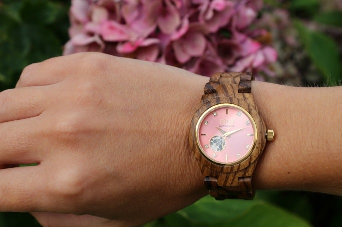 womens-watch-flowers