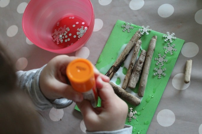 making-driftwood-christmas-cards-for-kids