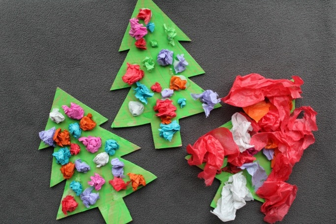 kids-scrunched-paper-christmas-tree-craft