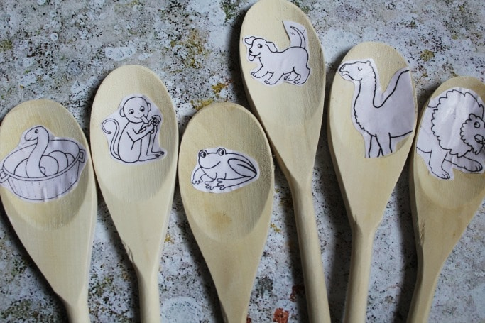 dear zoo activities eyfs story spoons