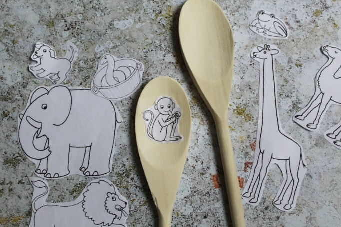 dear zoo activities making story spoons
