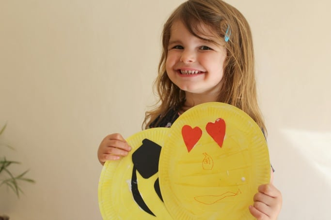 easy paper plate crafts for kids emojis