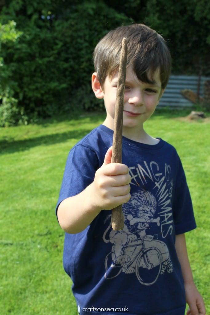DIY Harry Potter wands kids can make