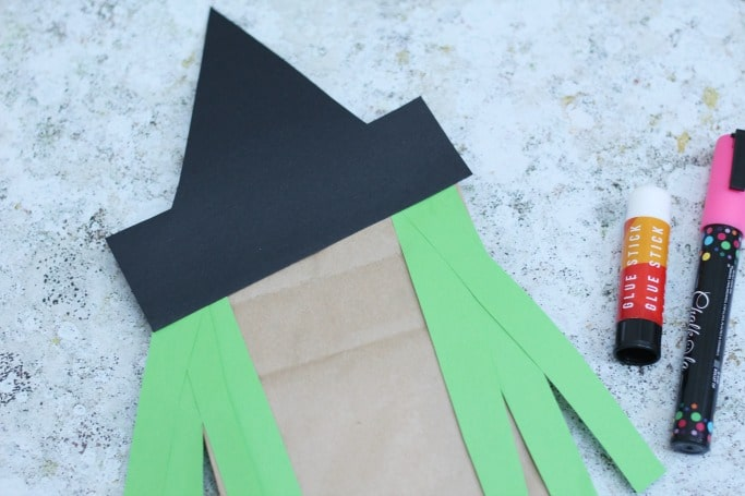 easy witch craft for kids paper bag