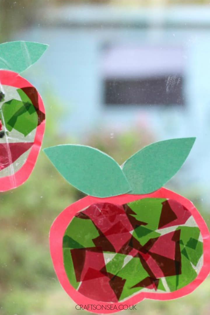 apple suncatcher craft for kids autumn