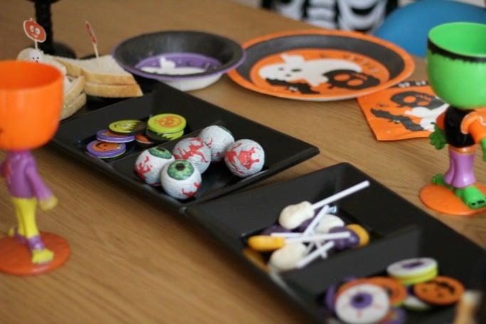 poundworld halloween sweets