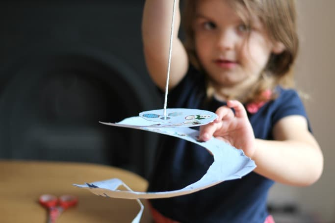Snowflake Paper Plate Twirler kids can make