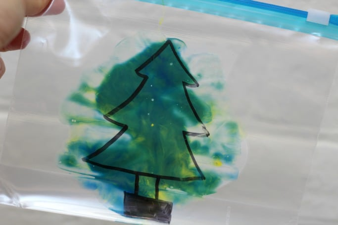 colour mixing mess free christmas tree crafts for kids