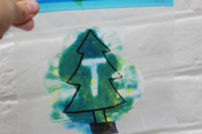 mess free christmas tree activity