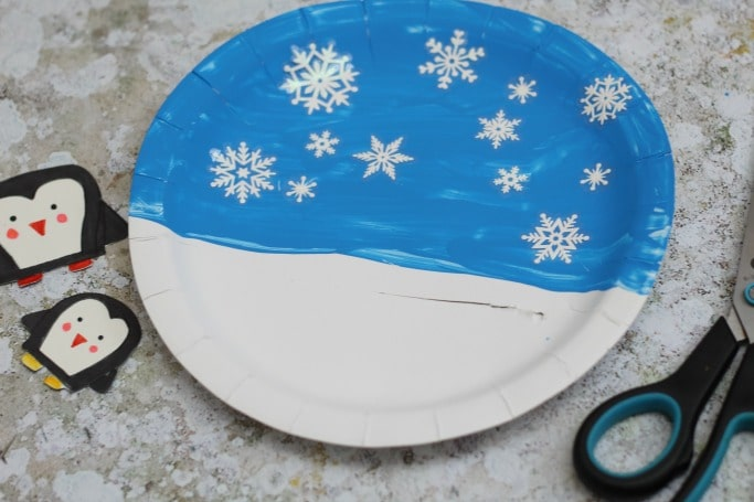 how to make a movable penguin paper plate craft