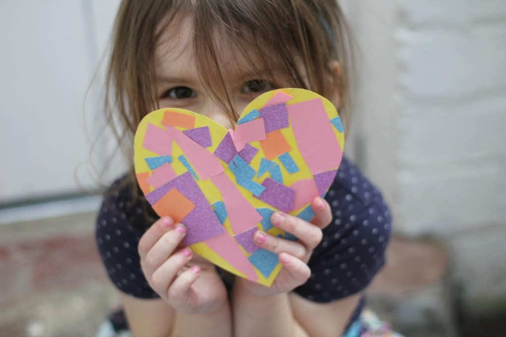 mosaic heart craft for preschoolers