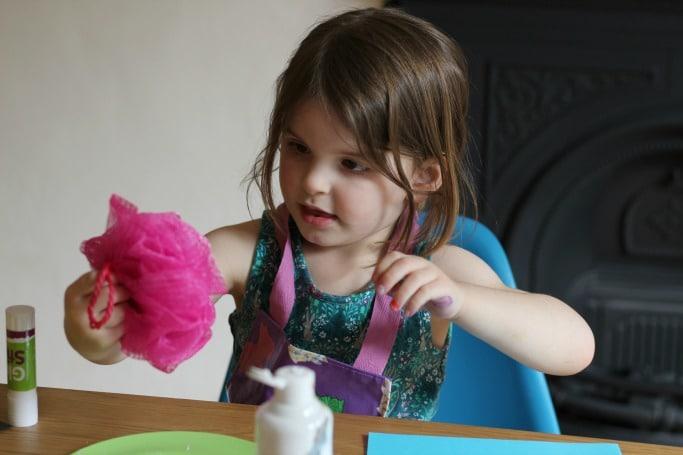 preschooler sponge printed sheep craft