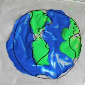 mess-free-earth-day-sensory-play 300