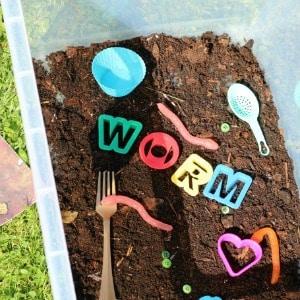 superworm-sensory-play-ideas 300