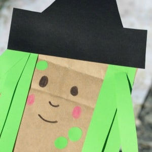 paper-bag-witch-square 300