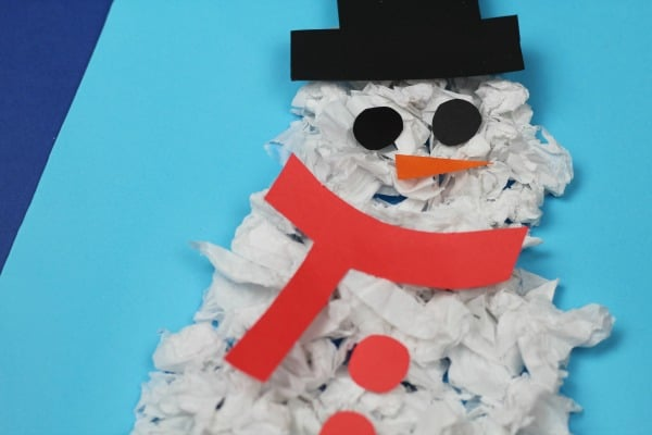 easy scrunched paper snowman craft