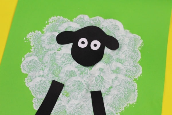 easy sheep craft for toddlers