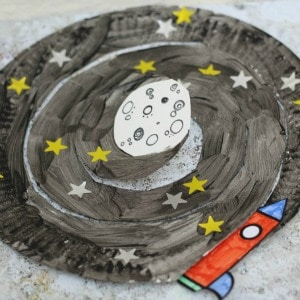 paper-plate-space-craft-300