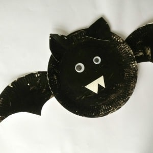 paper plate bat craft