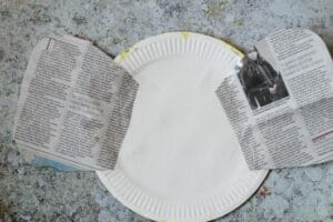 bee craft with newspaper
