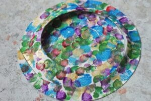 making a paper plate snake craft