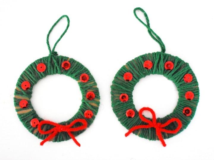 christmas ornaments kids can make wreath