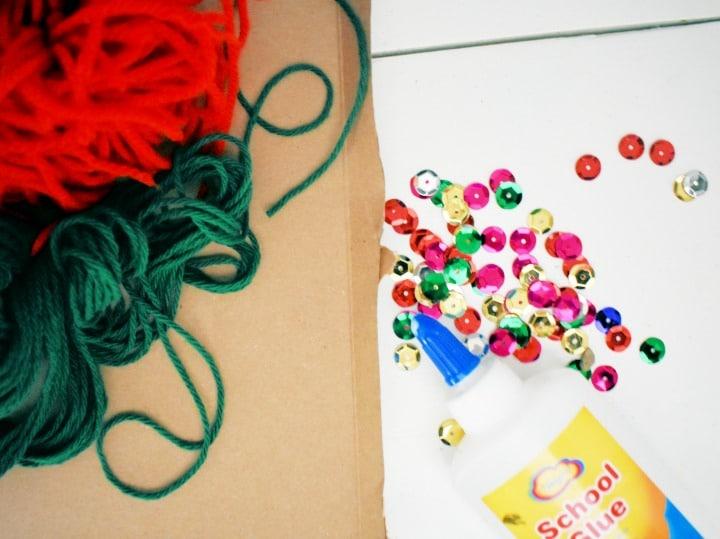 cardboard yarn wrapped wreath materials