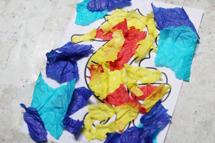 tissue paper seahorse craft for kids